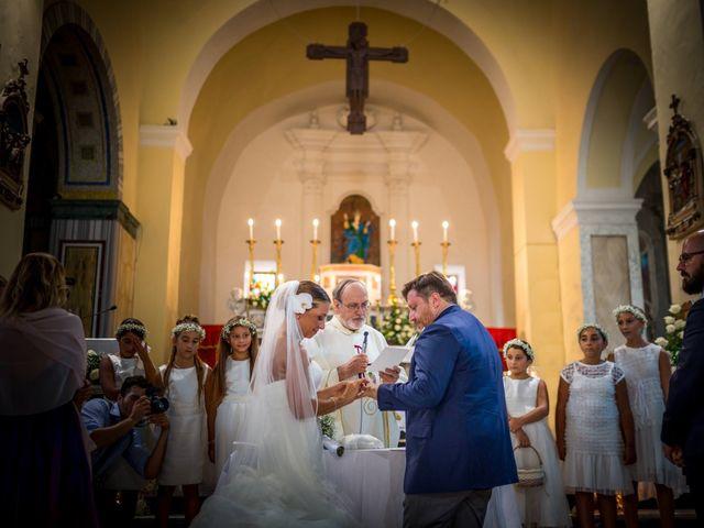 Il matrimonio di Mario e Isabella a Cirò Marina, Crotone 30
