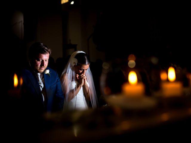 Il matrimonio di Mario e Isabella a Cirò Marina, Crotone 32