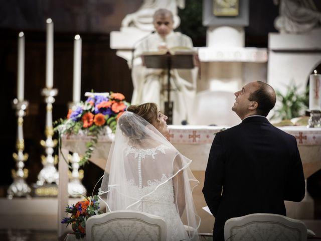 Il matrimonio di Luca e Mara a Cerro Maggiore, Milano 14