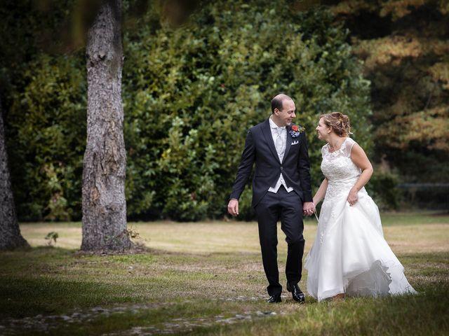 Il matrimonio di Luca e Mara a Cerro Maggiore, Milano 25