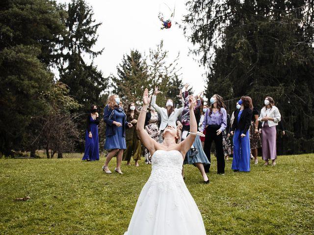Il matrimonio di Luca e Mara a Cerro Maggiore, Milano 28