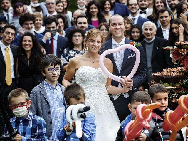 Il matrimonio di Luca e Mara a Cerro Maggiore, Milano 29