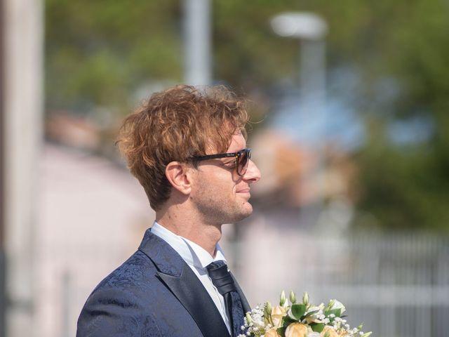 Il matrimonio di Jlenia e Lorenzo a Ancona, Ancona 14