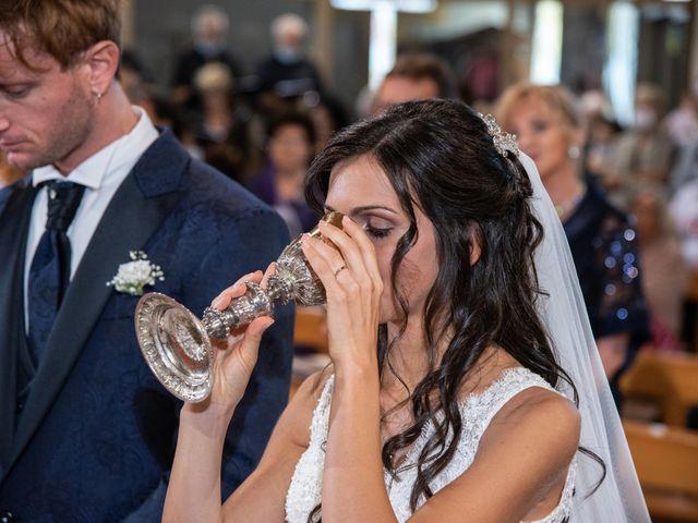 Il matrimonio di Jlenia e Lorenzo a Ancona, Ancona 29