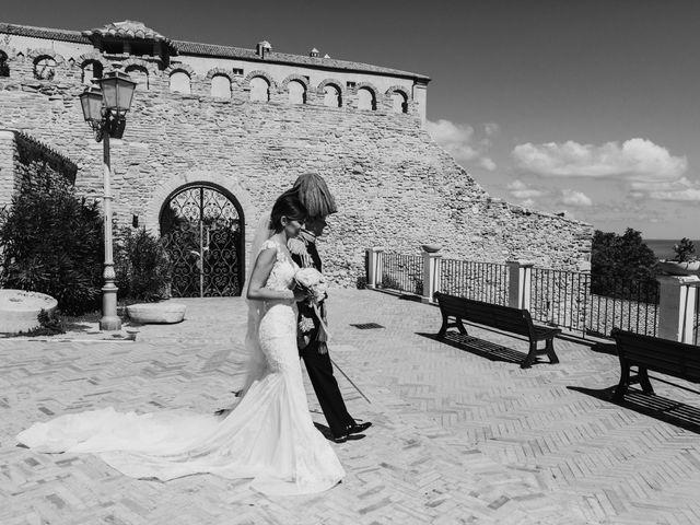 Il matrimonio di Luca e Marika a Vasto, Chieti 147