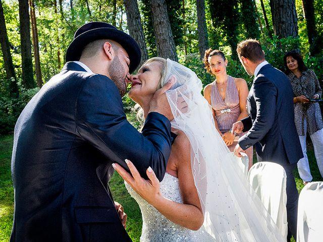 Il matrimonio di Ros e Virginie a Venegono Inferiore, Varese 12