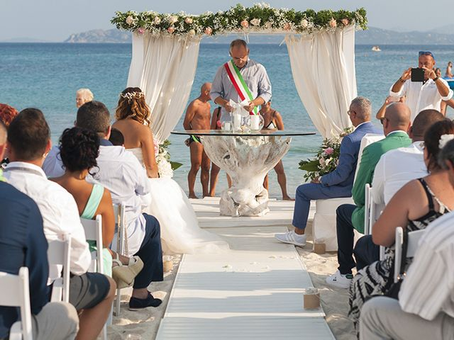 Il matrimonio di Salvatore  e Cristina a Golfo Aranci, Sassari 12