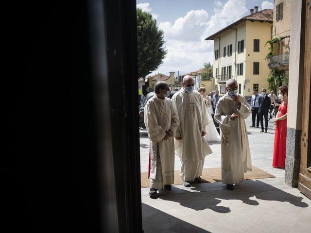Il matrimonio di Luca e Francesca a Centallo, Cuneo 37