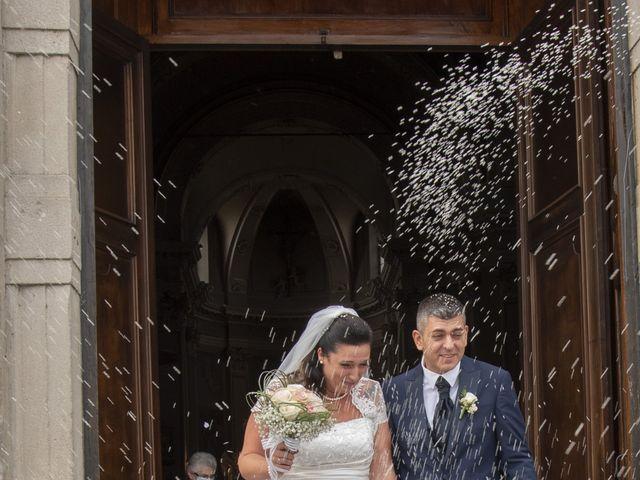 Il matrimonio di Giuseppe e Simona a Fara Gera d'Adda, Bergamo 19