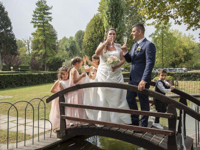 Il matrimonio di Giuseppe e Simona a Fara Gera d'Adda, Bergamo 20