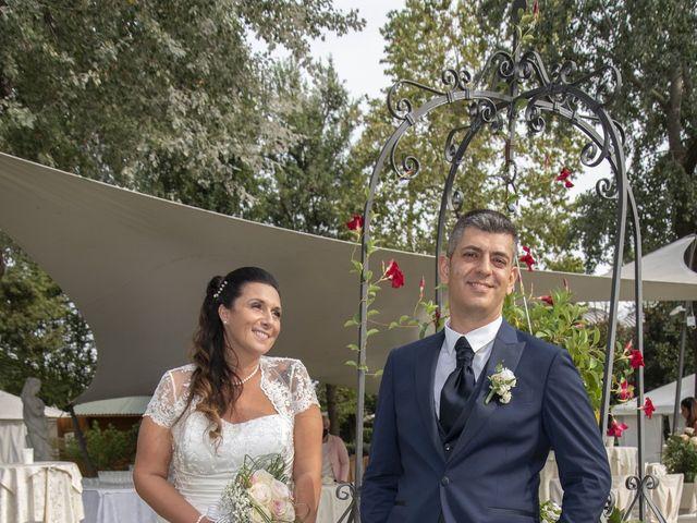 Il matrimonio di Giuseppe e Simona a Fara Gera d'Adda, Bergamo 25