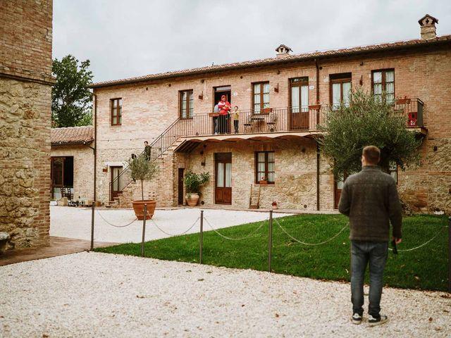 Il matrimonio di Lorenzo e Laura a Chiusdino, Siena 15