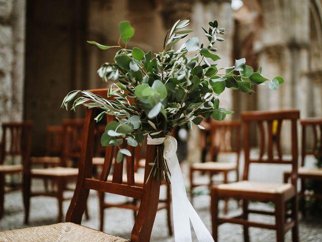 Il matrimonio di Lorenzo e Laura a Chiusdino, Siena 29