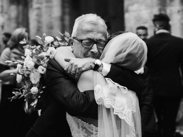 Il matrimonio di Lorenzo e Laura a Chiusdino, Siena 38