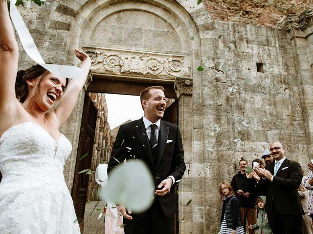 Il matrimonio di Lorenzo e Laura a Chiusdino, Siena 41