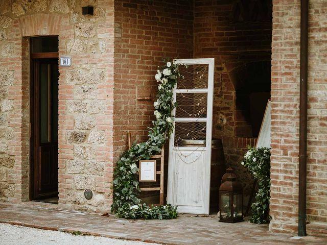 Il matrimonio di Lorenzo e Laura a Chiusdino, Siena 51