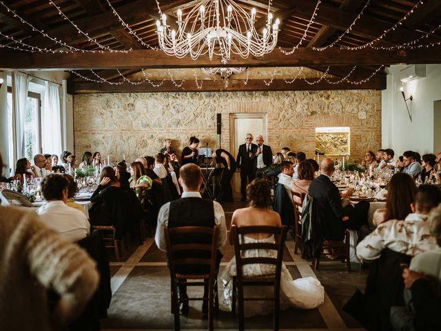 Il matrimonio di Lorenzo e Laura a Chiusdino, Siena 56