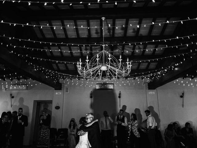 Il matrimonio di Lorenzo e Laura a Chiusdino, Siena 60