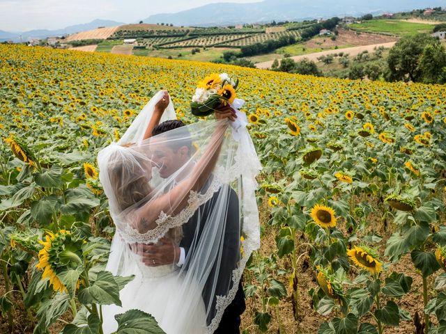 Il matrimonio di Massimo e Angelica a Città Sant'Angelo, Pescara 27