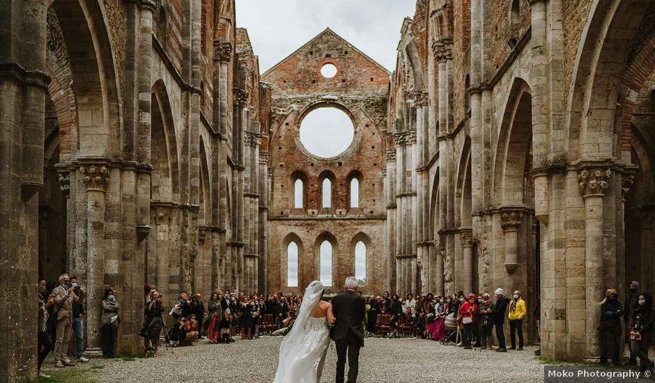 Il matrimonio di Lorenzo e Laura a Chiusdino, Siena