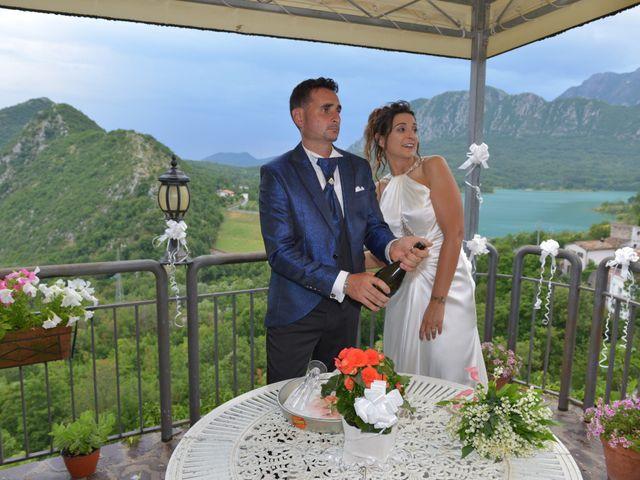 Il matrimonio di Emilio e Laetitia a Castel San Vincenzo, Isernia 18
