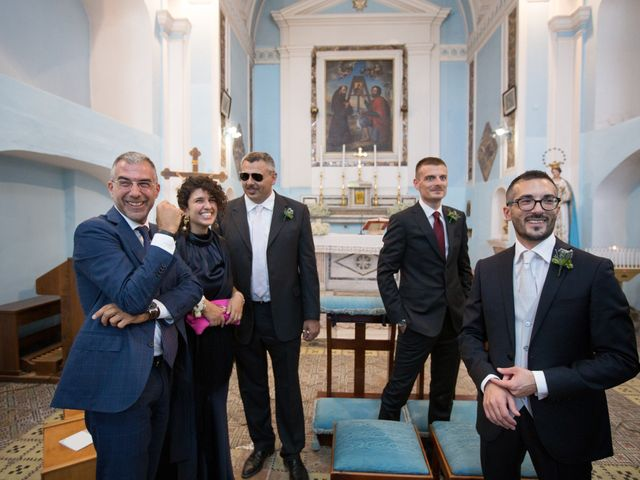 Il matrimonio di Alessandro e Mariaelena a Bacoli, Napoli 24