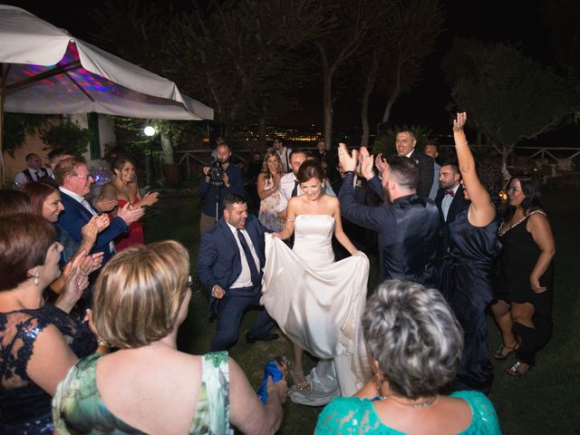 Il matrimonio di Alessandro e Mariaelena a Bacoli, Napoli 30
