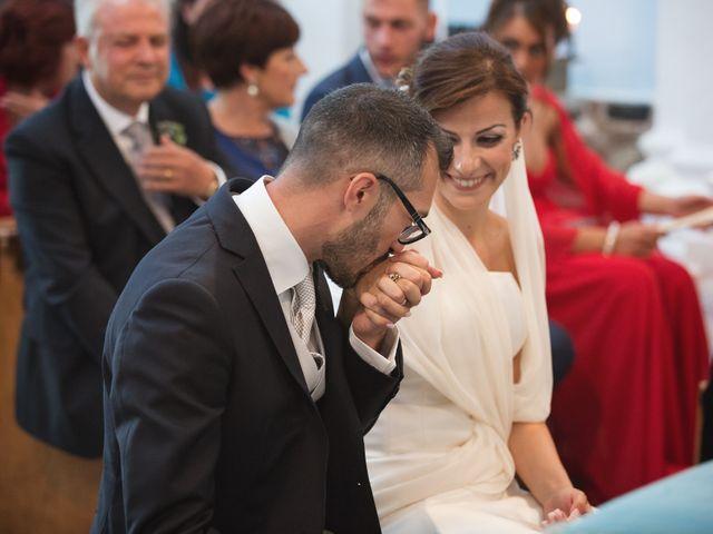 Il matrimonio di Alessandro e Mariaelena a Bacoli, Napoli 35