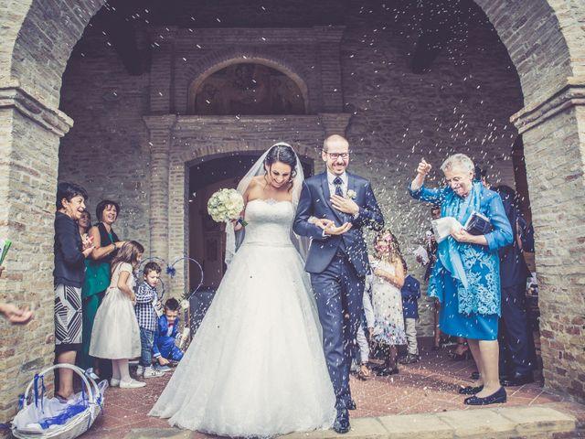 Il matrimonio di Costanzo e Federica a Città Sant'Angelo, Pescara 23