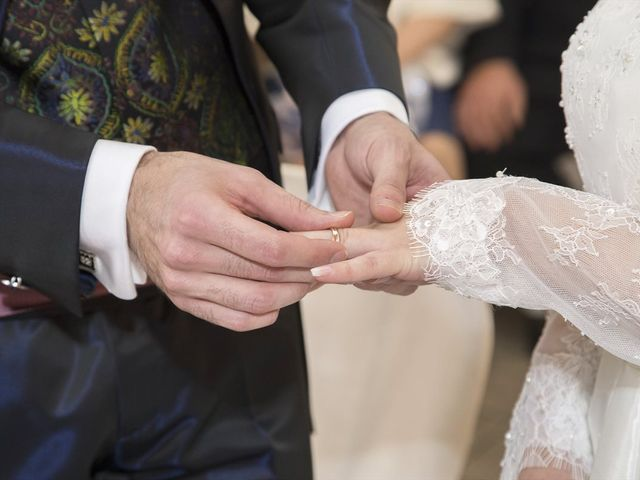 Il matrimonio di Daniele e Deborah a Limbiate, Monza e Brianza 17