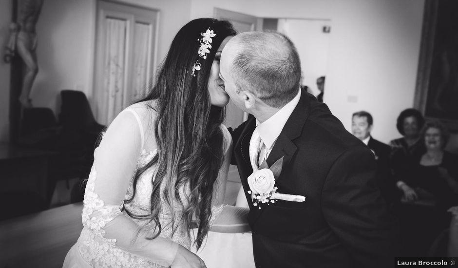 Il matrimonio di Simone e Analou a Lapedona, Fermo