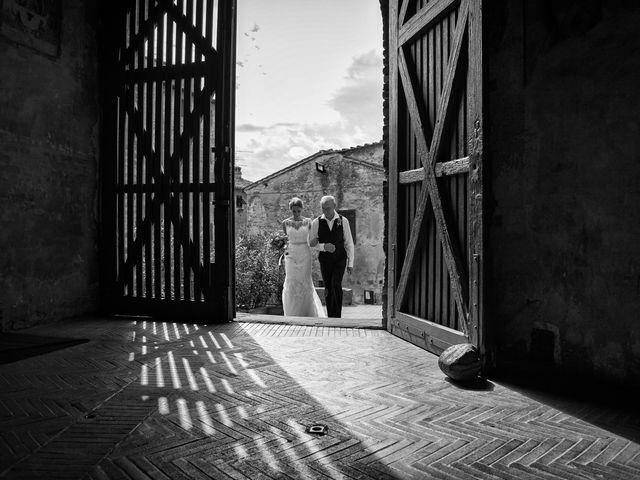 Il matrimonio di James e Nicola a Certaldo, Firenze 25