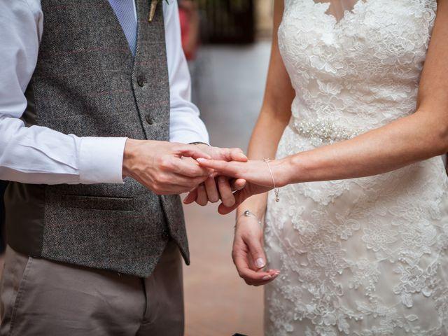 Il matrimonio di James e Nicola a Certaldo, Firenze 31