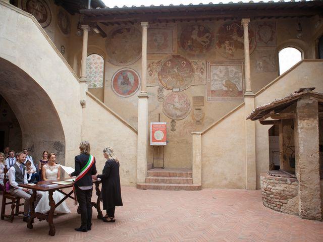 Il matrimonio di James e Nicola a Certaldo, Firenze 33