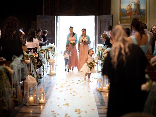 Il matrimonio di Giovanni e Sandy a Casalvolone, Novara 25