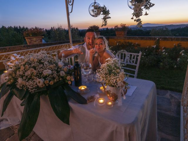 Il matrimonio di Lorenzo e Serena a Montespertoli, Firenze 40
