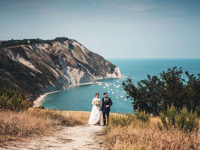 Il matrimonio di Claudia e Michele a Sirolo, Ancona 22