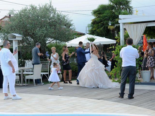 Il matrimonio di Lavdim e Vania a Mirano, Venezia 18