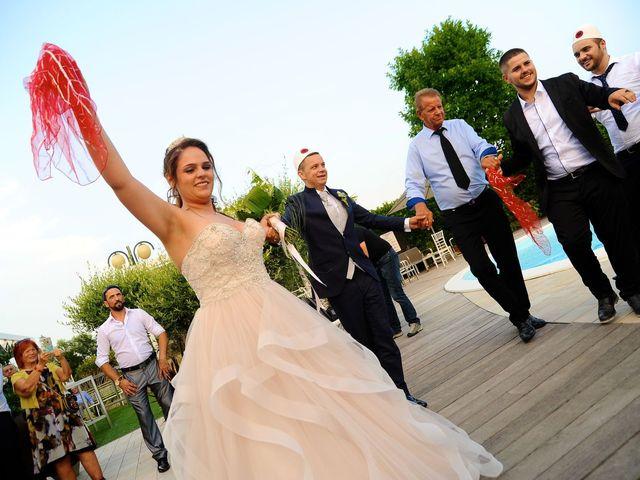 Il matrimonio di Lavdim e Vania a Mirano, Venezia 19