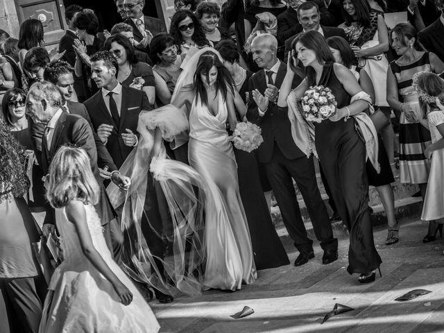 Il matrimonio di Giovanni e Tiziana a Sant'Agata di Militello, Messina 16