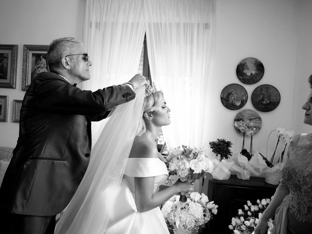 Il matrimonio di Antonio e Naomi a Torre del Greco, Napoli 15