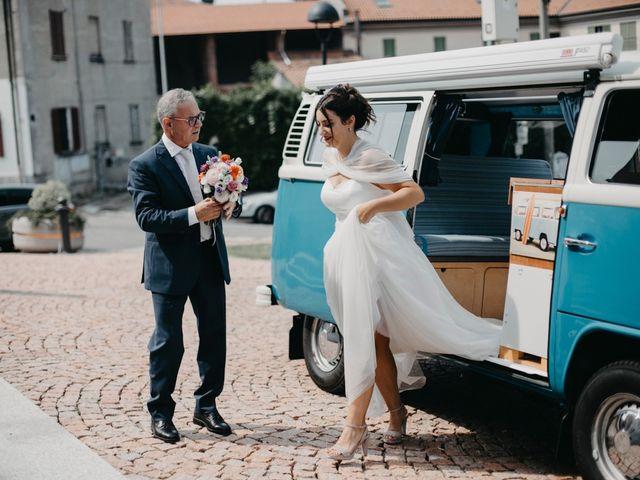 Il matrimonio di Filippo e Daria a Appiano Gentile, Como 37