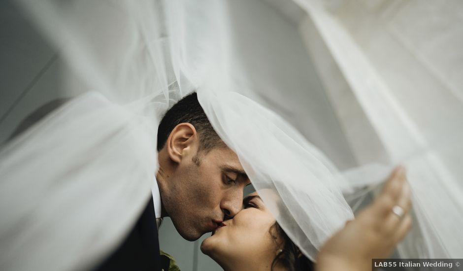Il matrimonio di Michele e Raluca a Napoli, Napoli