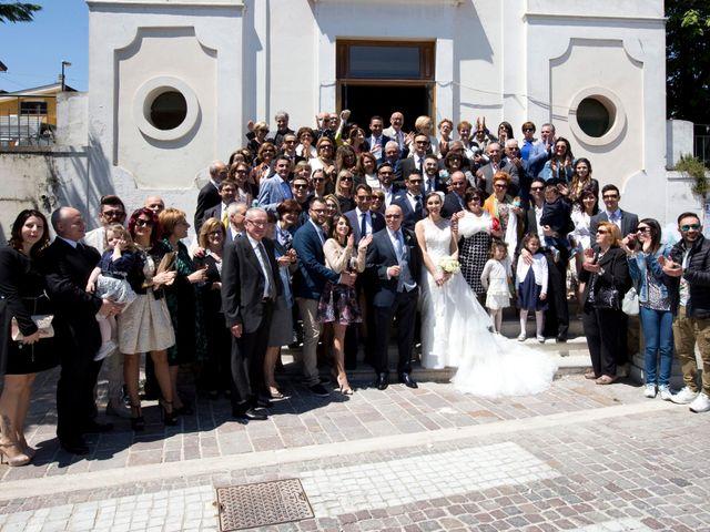 Il matrimonio di Cosimo e Sabrina a Pescara, Pescara 17