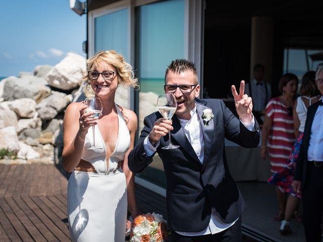 Il matrimonio di Maurizio e Annamaria a Cattolica, Rimini 23
