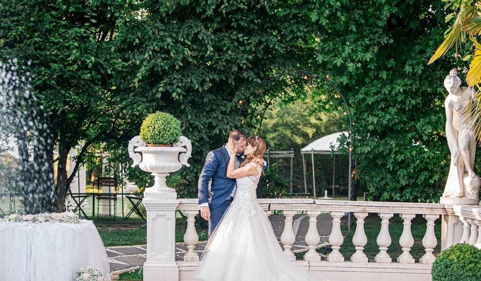 Il matrimonio di Davide  e Barbara  a Pieve Emanuele, Milano