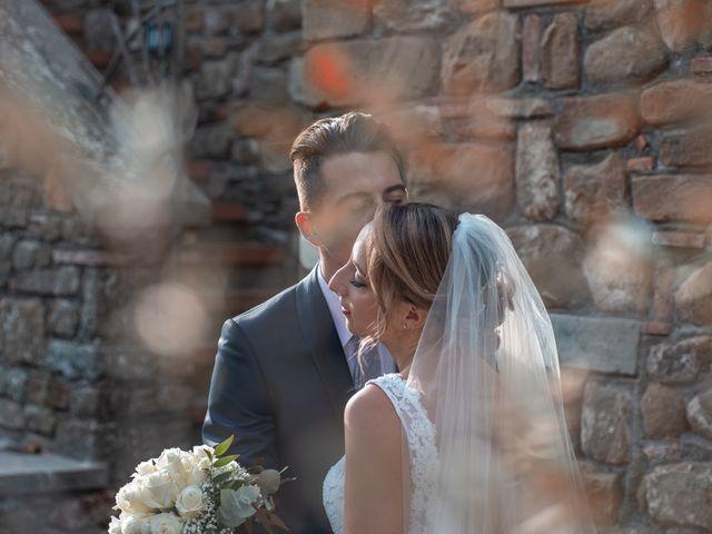 Il matrimonio di Luca e Valentina a Carmignano, Prato 12