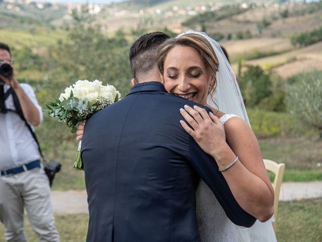 Il matrimonio di Luca e Valentina a Carmignano, Prato 29