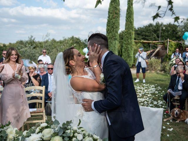 Il matrimonio di Luca e Valentina a Carmignano, Prato 34