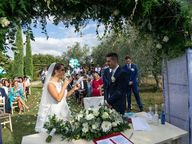 Il matrimonio di Luca e Valentina a Carmignano, Prato 109
